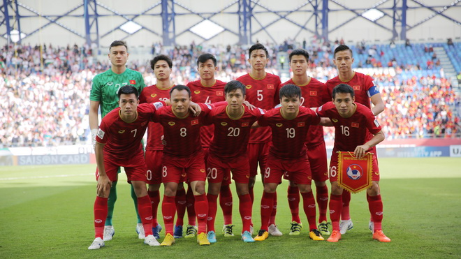 Bóng đá Việt Nam và ước mơ hóa rồng