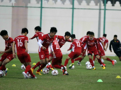 Tuyển Việt Nam chốt danh sách dự ASIAN Cup 2019,  thầy Park loại Đinh Thanh Bình
