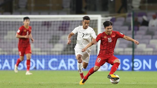 Tiền vệ Quang Hải: 'Còn 1 tia hy vọng Việt Nam cũng chờ đợi'