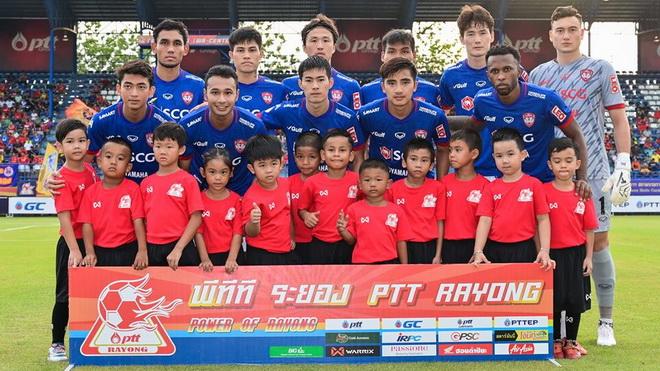 Trực tiếp Muangthong United 2-0 Samut Prakan: Văn Lâm vào lưới nhặt bóng (Hiệp 2)