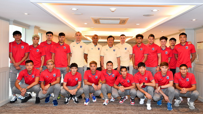 Thái Lan chính thức hội quân, quyết đấu 'sinh tử' với Việt Nam tại King's Cup