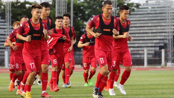 HLV Park Hang Seo siết kỷ luật, tuyển Việt Nam dồn sức đấu Thái Lan