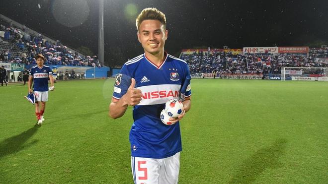 Tân HLV Thái Lan chấm 'siêu sao' tại Nhật đấu tuyển Việt Nam