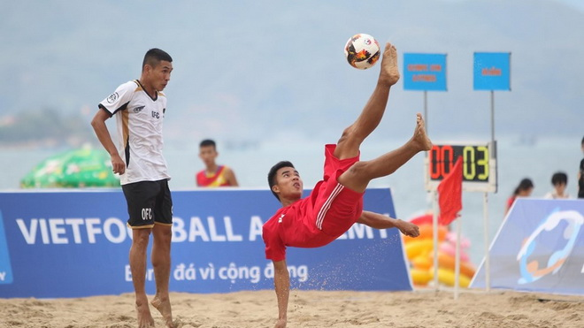 ĐKVĐ Khánh Hoà thua sốc ngày khai mạc giải bóng đá bãi biển VĐQG 2019