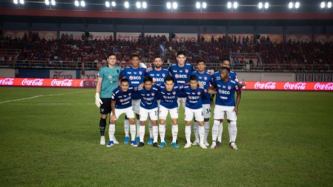Văn Lâm cùng Muangthong United giành hạng 5 Thai League 2019