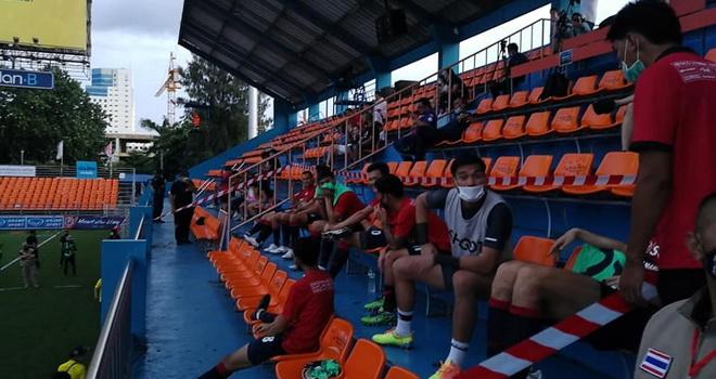 bóng đá Việt Nam, tin tức bóng đá, bong da, tin bong da, Văn Lâm, Muangthong United, Thai League, Dang Van Lam, V League, DTVN, BXH V League