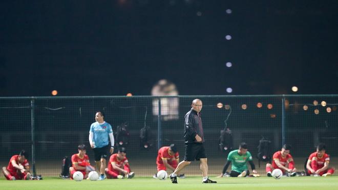 HLV Park Hang Seo trở lại Việt Nam, cách ly trước khi tập trung đội tuyển