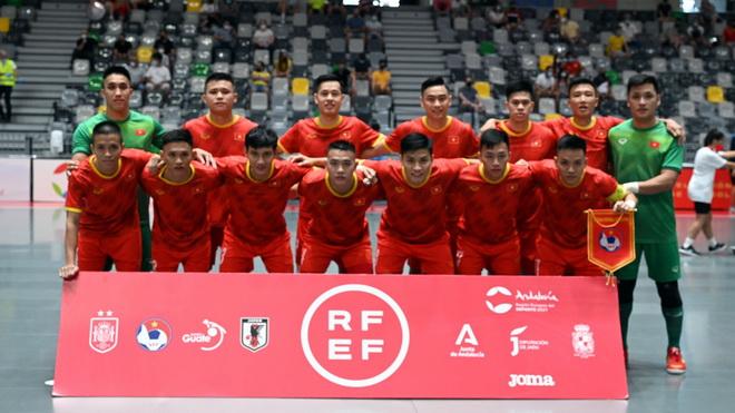 Futsal Việt Nam thua sát nút Nhật Bản ở giải tứ hùng