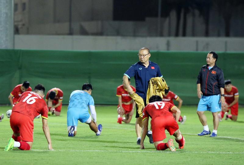 bóng đá Việt Nam, tin tức bóng đá, lịch thi đấu vòng loại thứ ba World Cup, Park Hang Seo, Việt Nam vs Nhật Bản, Việt Nam vs Ả rập xê út, xếp hạng bảng B, VFF