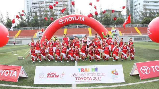 Trại hè bóng đá Toyota 2017: Hồng Sơn đào tạo 'truyền nhân' cho tương lai