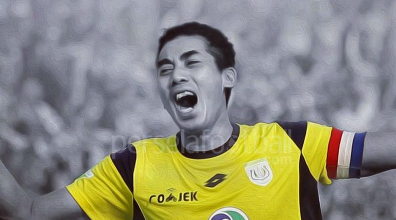 SỐC: Thủ môn Indonesia tử vong sau pha va chạm 'kinh hoàng' trên sân bóng