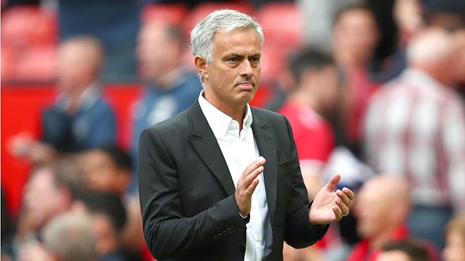 Mourinho: 'Man United không tử thủ, cứ thoải mái mà tấn công'