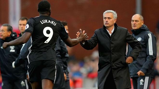 Lukaku chưa nghỉ phút nào mùa này, Mourinho vẫn đưa ra tuyên bố khó tin