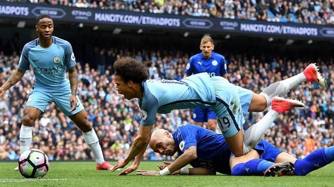 Leicester 0-2 Man City, West Brom 0-4 Chelsea, Liverpool 3-0 Southampton: Man City xây chắc ngôi đầu