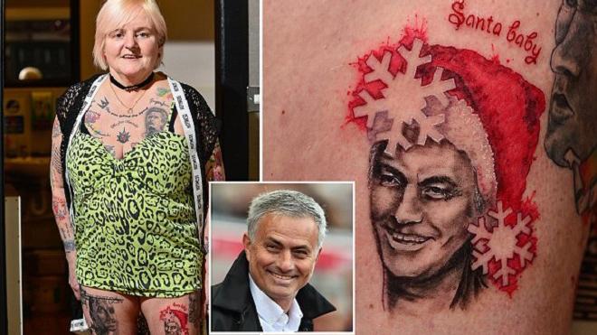 Bà ngoại 'nghiện' Jose Mourinho lại gây sốc với hình xăm mới