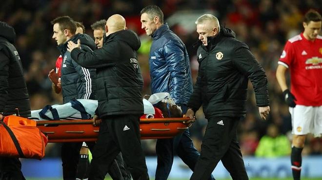 Fan M.U sốc trước chấn thương của Lukaku