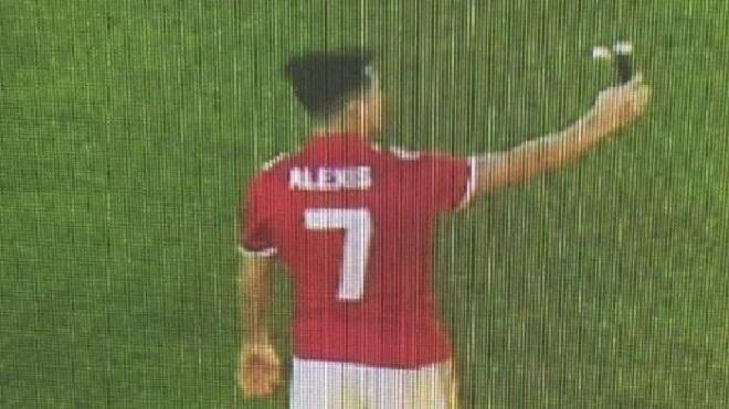 Rò rỉ hình ảnh Sanchez mặc áo số 7, chuẩn bị kí hợp đồng với M.U