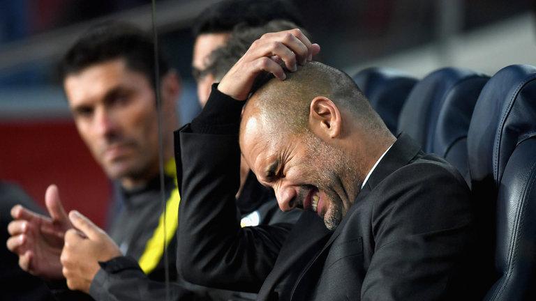 Pep Guardiola sợ Man City mất chức vô địch như Real năm 2004