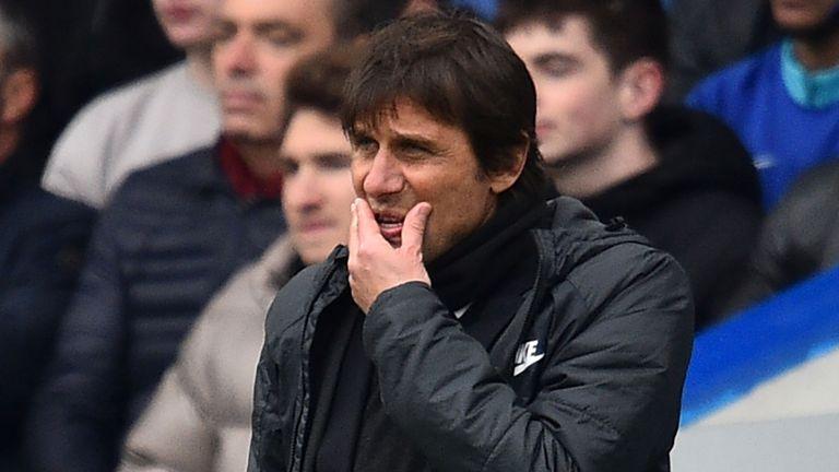 Conte vẫn nói rất 'cứng' dù Chelsea thua ngược Tottenham