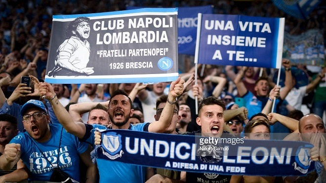 Thắng Juve, Napoli đổ ra đường ăn mừng như thể đã vô địch Serie A