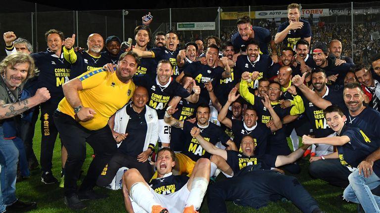 3 năm thăng 3 hạng, Parma cuối cùng đã trở lại Serie A