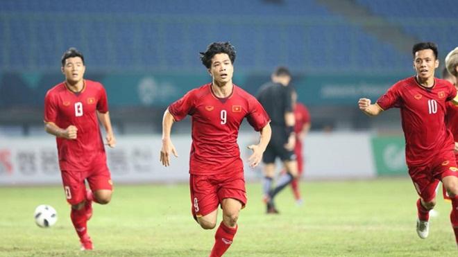 Vỡ òa với bàn thắng như 'vàng' của Công Phượng vào lưới U23 Bahrain