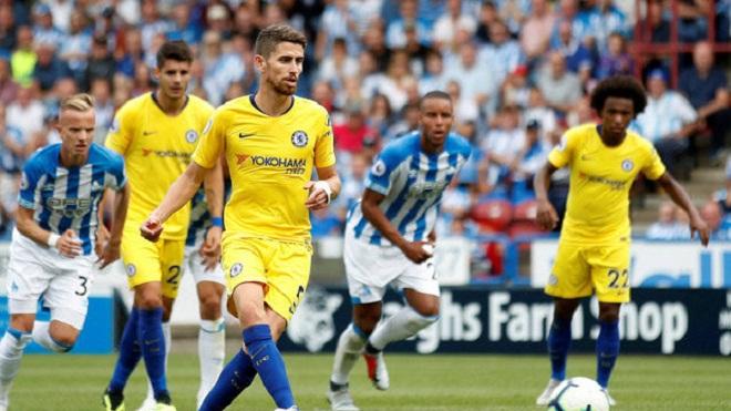 Fan phấn khích với pha đá penalty ngoạn mục của Jorginho