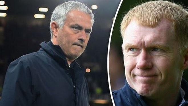 Vì sao Paul Scholes là cơn ác mộng tồi tệ nhất của Mourinho?