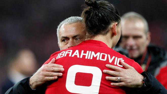 Mourinho muốn đưa Ibrahimovic trở lại để giải cứu M.U