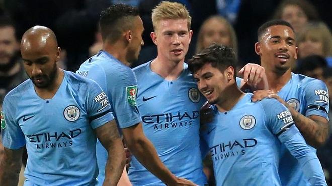 Video Man City 2-0 Fulham: Sao trẻ tỏa sáng, City vào tứ kết cúp Liên đoàn
