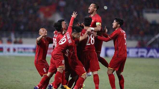 Thắng Malaysia và vô địch, CĐV vỡ òa, gọi Việt Nam là 'Vua Đông Nam Á'