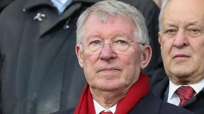 Sir Alex trở lại Old Trafford, trực tiếp giám sát buổi tập của M.U trước trận gặp Bournemouth