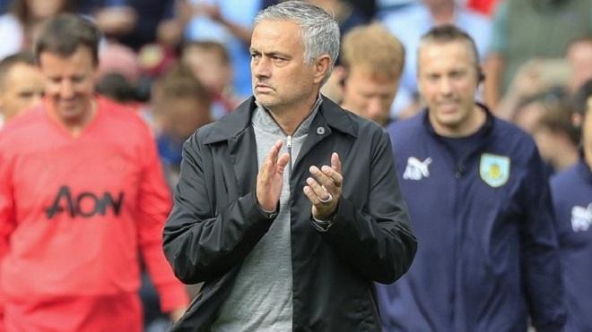 Jose Mourinho: 'M.U cần phép màu để về đích trong Top 4'