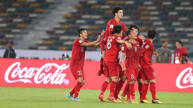 Cùng điểm, cùng hiệu số, cùng số bàn thắng, Việt Nam vượt qua Libanon bởi 2 thẻ vàng