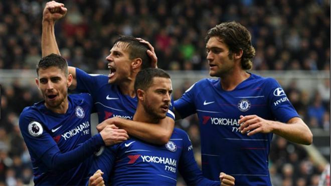 Video Chelsea 2-1 Tottenham (pen 4-2): Chelsea hẹn Man City ở chung kết cúp Liên đoàn