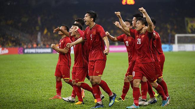 Đội hình ra sân của Việt Nam: Văn Lâm vẫn bắt chính, Văn Hậu trở lại, Xuân Trường dự bị