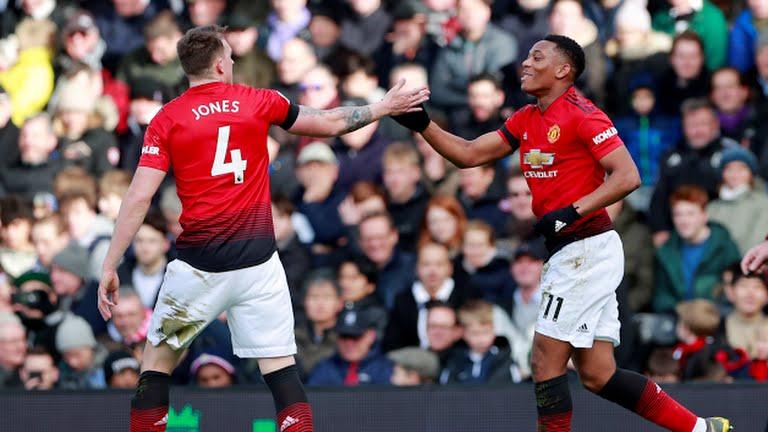 Fulham 0-3 M.U (KT): Pogba và Martial tỏa sáng giúp 'Quỷ đỏ' tạm lọt vào top 4