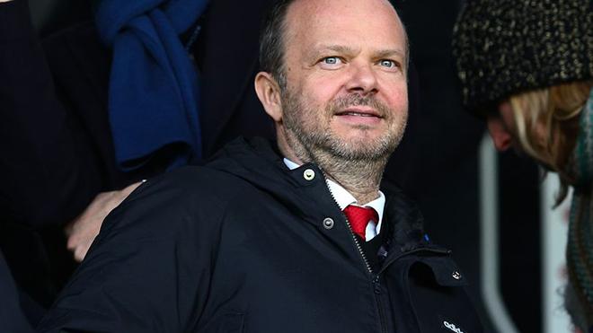 MU: Tại sao Man United vẫn chưa chiêu mộ trung vệ trong kỳ chuyển nhượng này?