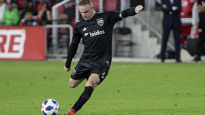 NGOẠN MỤC: Wayne Rooney lập siêu phẩm sút xa từ sân nhà ở MLS