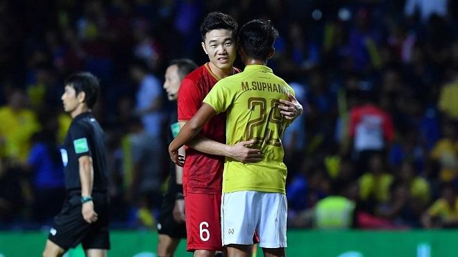 Việt Nam thăng tiến trên BXH FIFA, Thái Lan rớt hạng