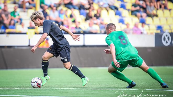 Xem trực tiếp bóng đá Sint-Truidense vs Mouscron (01h00, 28/7). Công Phượng ra mắt Sint-Truidense