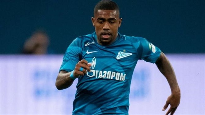 Cựu sao Barca có thể buộc phải rời Zenit chỉ sau vài ngày vì bị phân biệt chủng tộc