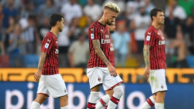 Udinese 1-0 AC Milan: Becao khiến Milan nếm trái đắng với những tranh cãi về VAR