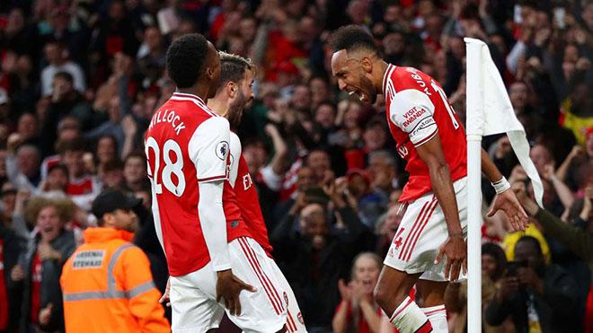 Arsenal 3-2 Aston Villa: Arsenal ngược dòng kịch tính trong thế 10 chống 11