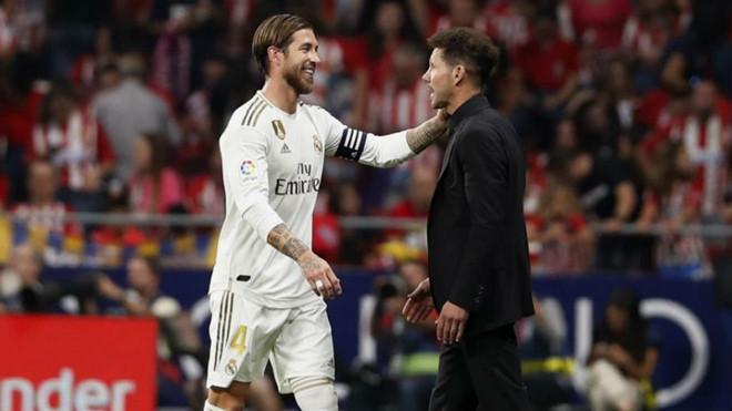 Bóng đá hôm nay 29/9: Truyền thông UAE e ngại ông Park. Sanchez cắt đứt quan hệ với MU. Ramos xúc phạm trọng tài