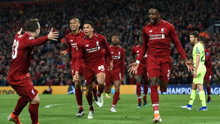 Kết quả bóng đá Liverpool 2-1 Brighton, Chelsea 0-1 West Ham: Alisson bị đuổi, The Kop vẫn giành 3 điểm