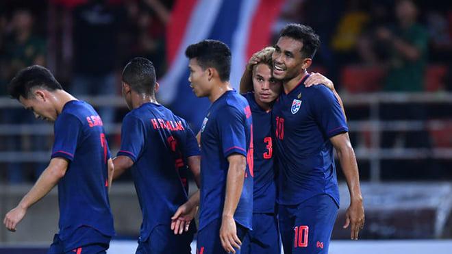 Kết quả bóng đá Malaysia 2-1 Thái Lan: Hàng công bế tắc, 'Voi chiến' phơi áo trên sân của Malaysia
