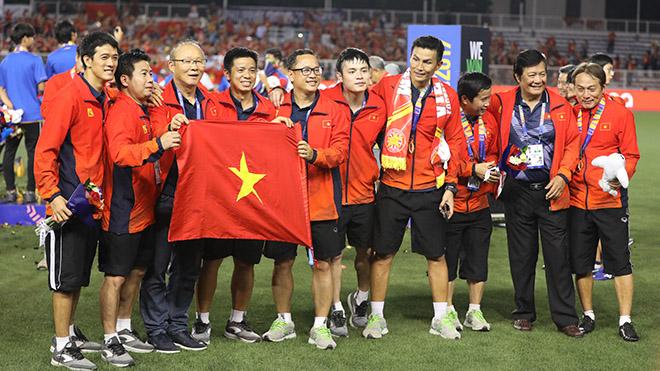 U22 Việt Nam giành HCV lịch sử, báo Hàn tiếp tục ca ngợi 'ma thuật' của thầy Park