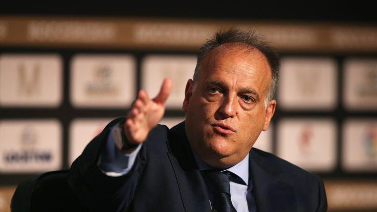 Liga quy định cấm chi đậm, Real và Barca khó tạo 'bom tấn'
