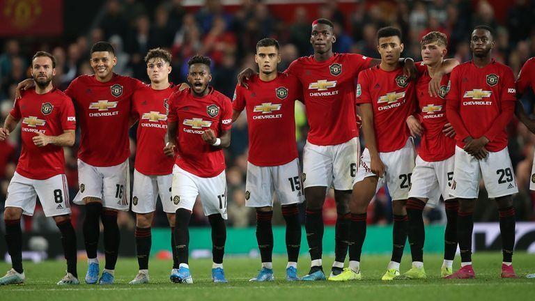 MU: Với đội hình này, Quỷ đỏ vẫn chưa thể là ứng cử viên vô địch Champions League